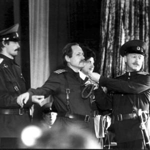 Избрание атаманом Оренбургского казачьего войска Владимира Косянова  на Первом большом круге в посёлке Нежинка (7 декабря 1991 года)