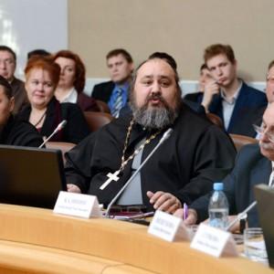 Священство на заседании Изборского клуба