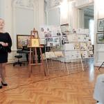 Поёт юное дарование Вероника Перова